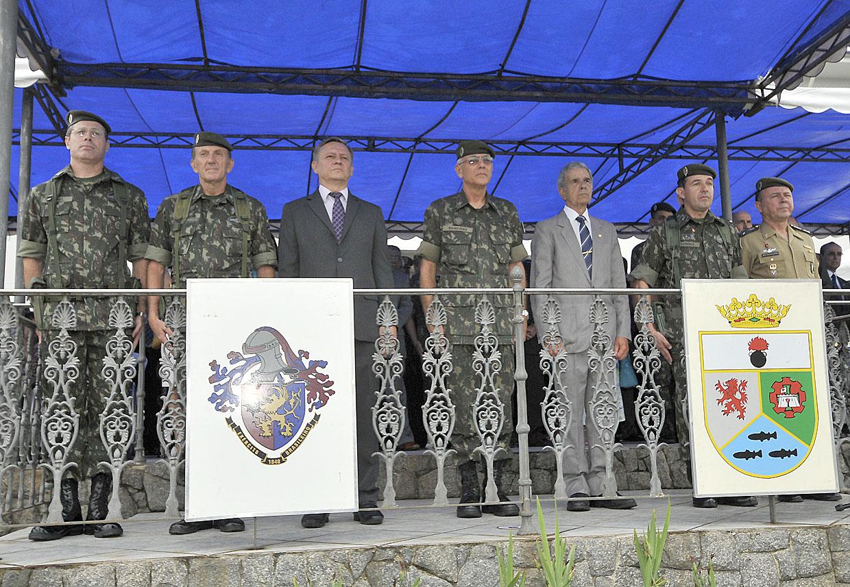 Autoridades e convidados prestigiaram a passagem de comando