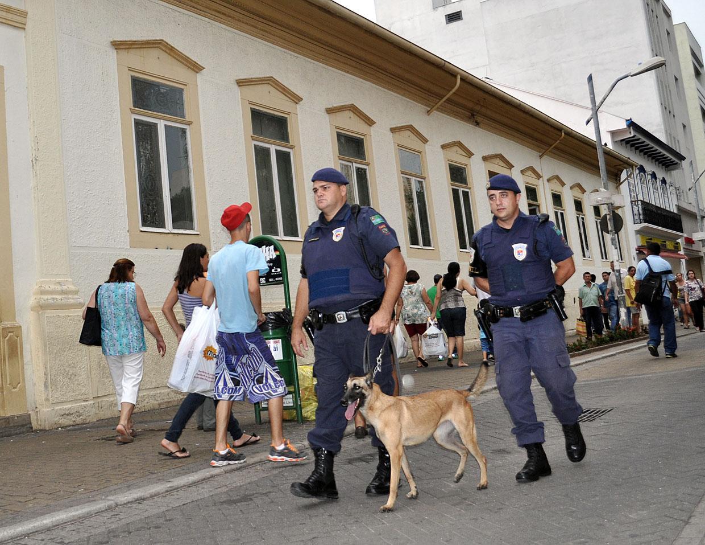 Guardas municipais vão interagir com a população no Centro