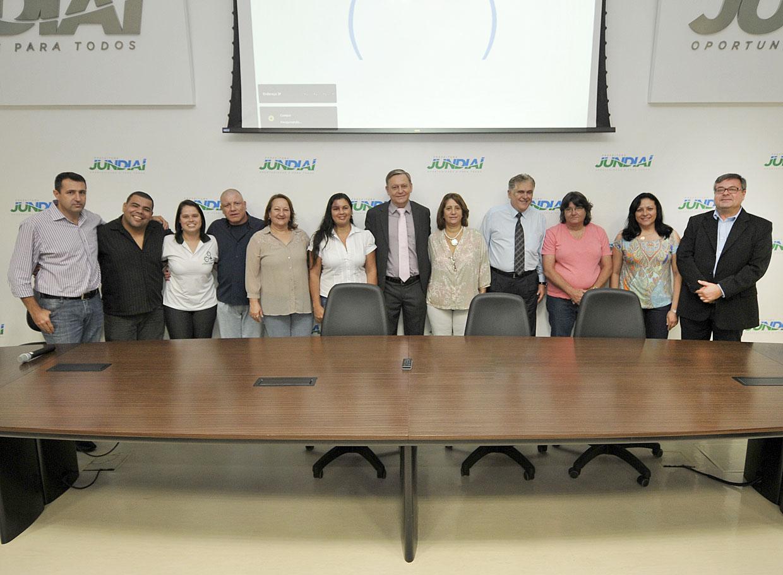 Representantes da categoria com o prefeito Pedro Bigardi