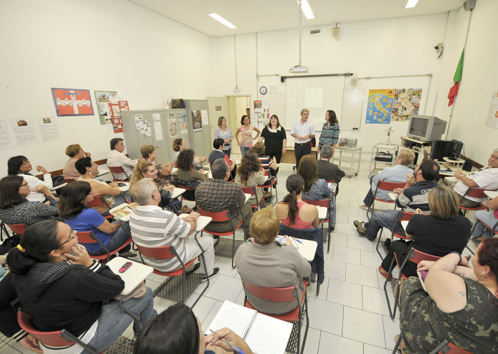 Inscrições são para cursos gratuitos de inglês, espanhol, italiano e francês