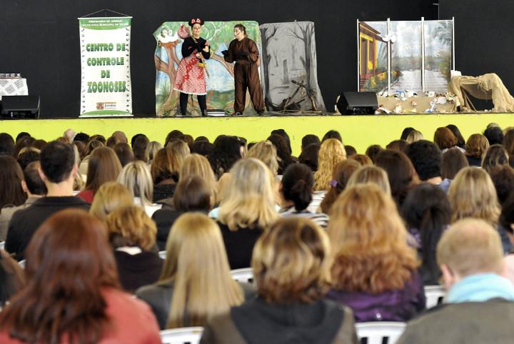 Peça de teatro do Centro de Zoonoses fala do meio ambiente