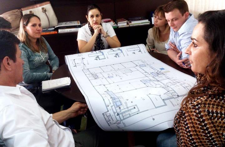 Arquitetas apresentaram o projeto para a Secretaria de Cultura