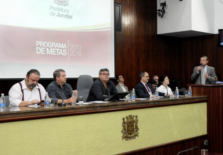 Poder público apresenta ações para melhoria da cidade