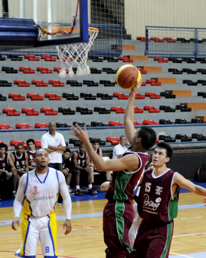 Equipe vai encarar a Associação Regional e os Jogos Abertos