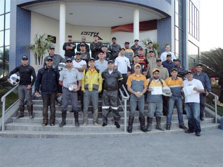 Os participantes, ao final do curso em Indaiatuba