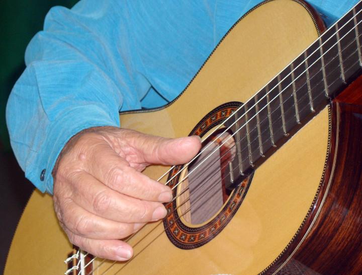 Guedes faz homenagem ao grande ídolo Francisco Tárrega