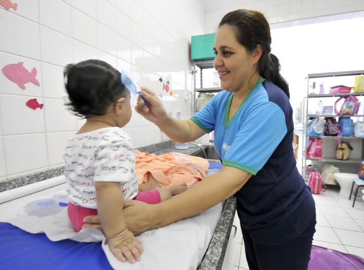 Secretaria de Educação pretende contratar 200 vagas a mais que em 2013