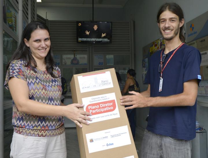 Urnas já estão disponíveis em agências da Caixa, lotéricas e supermercados
