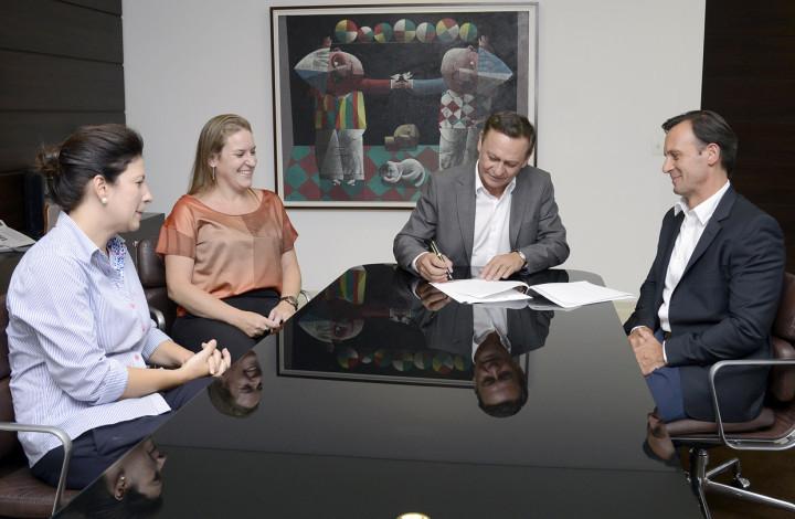 Termo foi assinado pelo prefeito