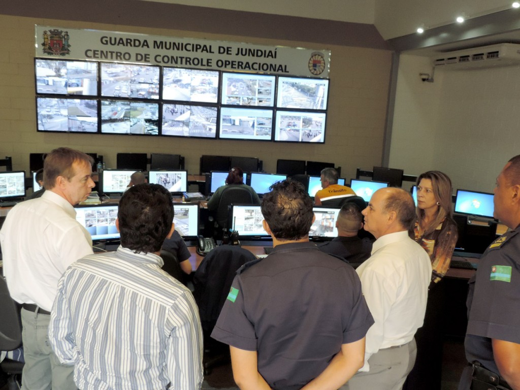 Grupo foi recebido pelo comandante José Roberto Ferraz