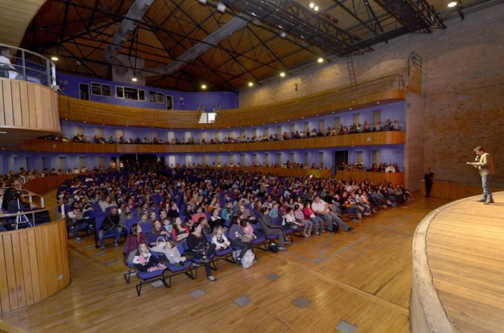 Público passa a contar com facilidades na compra de ingressos de espetáculos no Polytheama