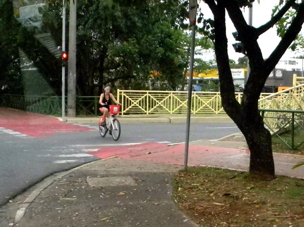 A meta é segurança no uso de bicicletas e pode ser integrado ao transporte coletivo