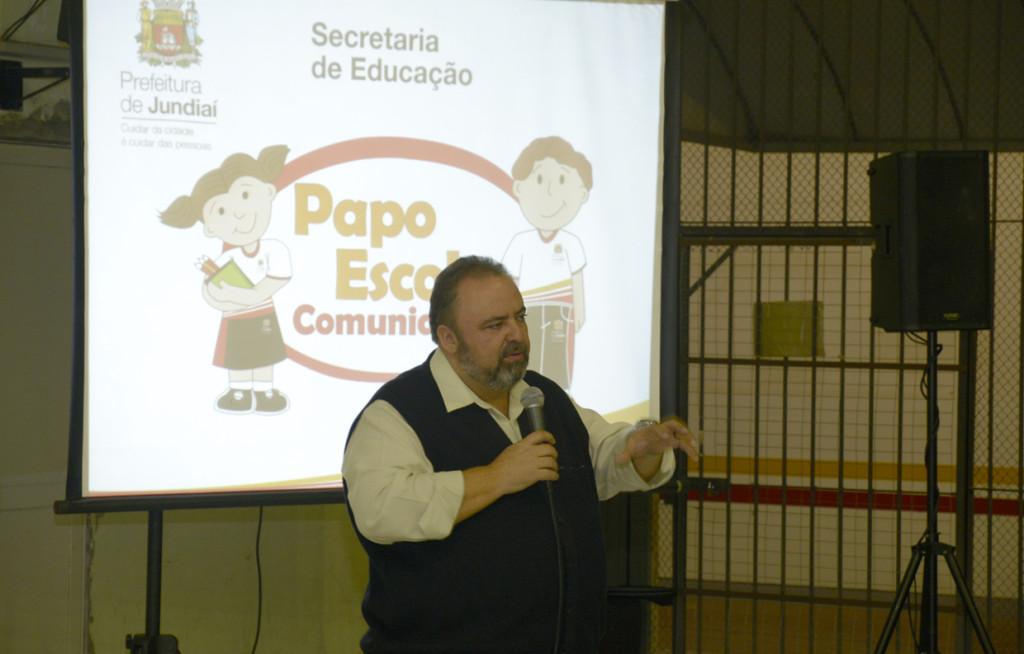 """Durval Orlato: """"Poder público e sociedade juntos"""""""