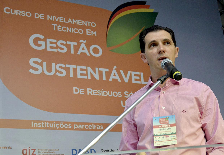 Aguinaldo Leite apresenta trabalho inovador feito na cidade