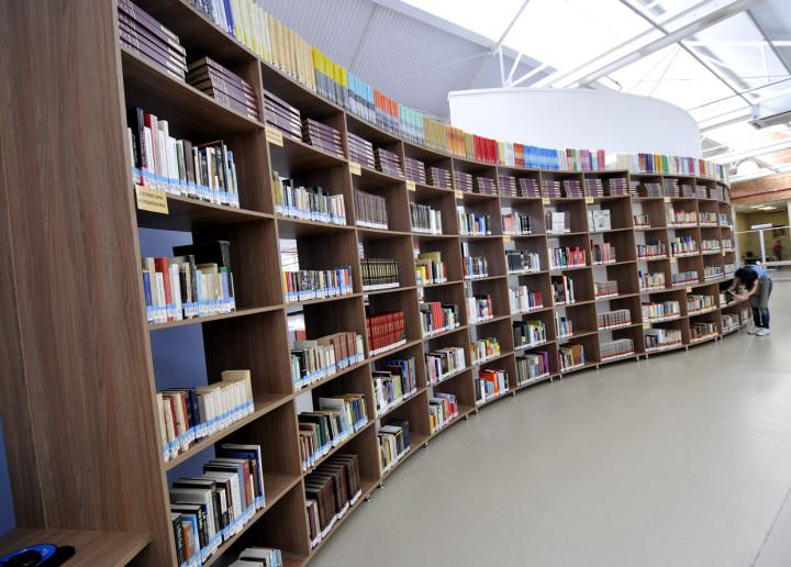 São mais de 45 mil livros no local