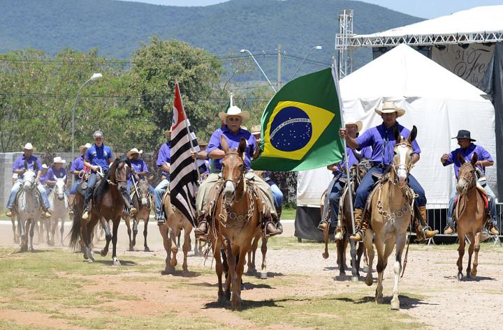 Cavalgada é nova atração no domingo