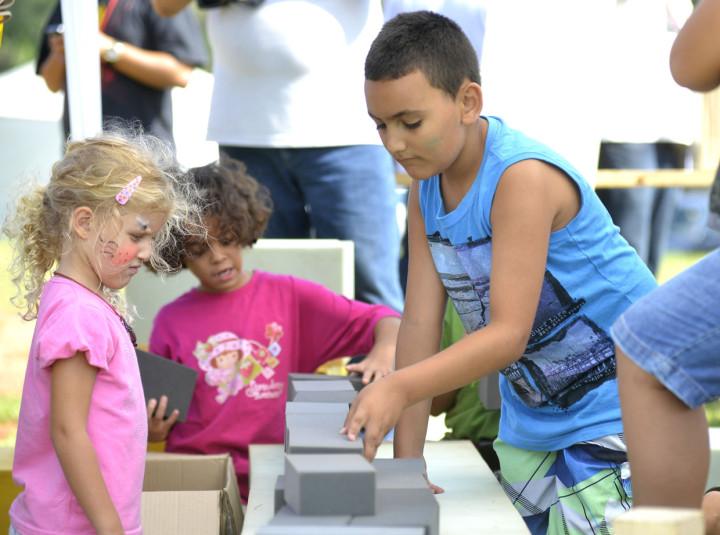 Crianças aprendem sobre a história da Ponte Torta: resgate cultural