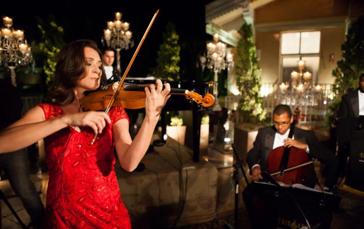 Músicos do Trio e Arte tocam clássicos do rock nesta quinta