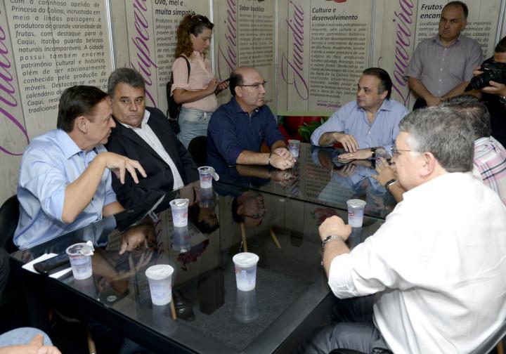 Reunião discutiu o fortalecimento do Circuito das Frutas