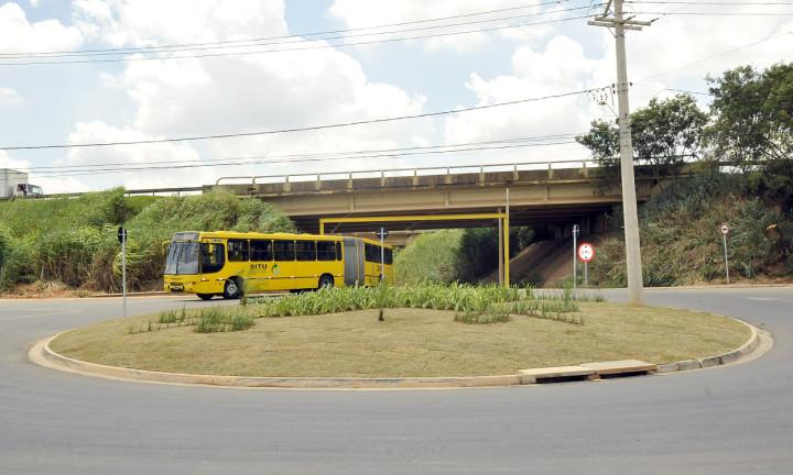 Asfalto melhorou tráfego e segurança da avenida