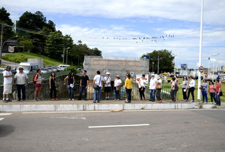 Participantes usam a Ponte Torta como ponto de partida