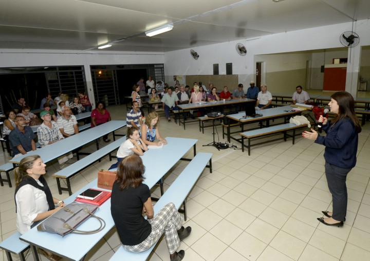 A secretária Daniela da Camara convidou participantes a apontar a cidade que pretendem ter