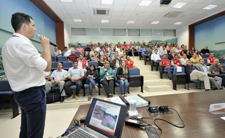 Aguinaldo Leite apresentou a autoridades e empresários o novo sistema