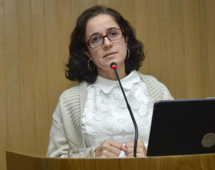 Nara Santos, da UNODC, falou sobre o debate sobre drogas no âmbito internacional