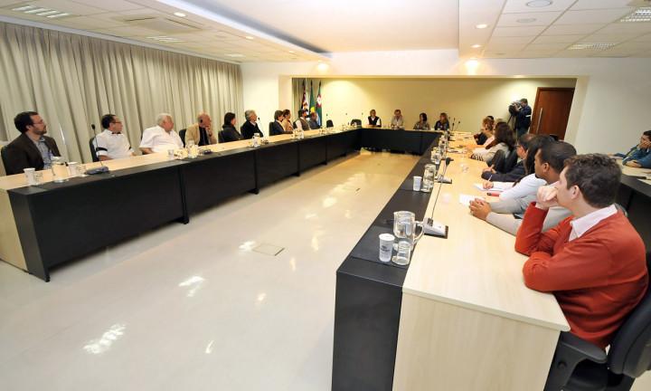 Fórum reuniu representantes de todos os hospitais da cidade