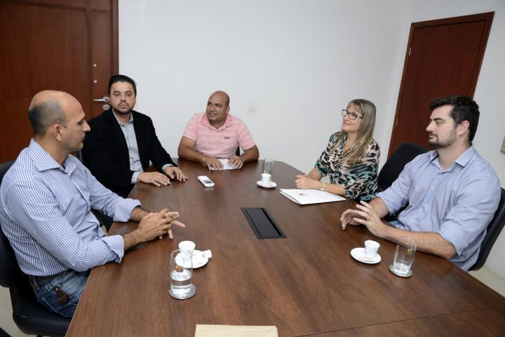 Reunião discute nova área de lazer para o Jardim Tamoio