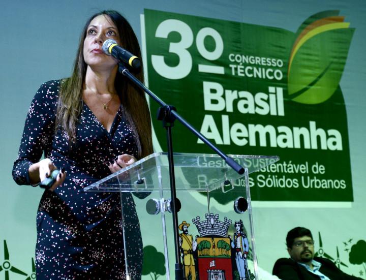 Christiane Pereira falou sobre os aterros sanitários e a solução para o futuro