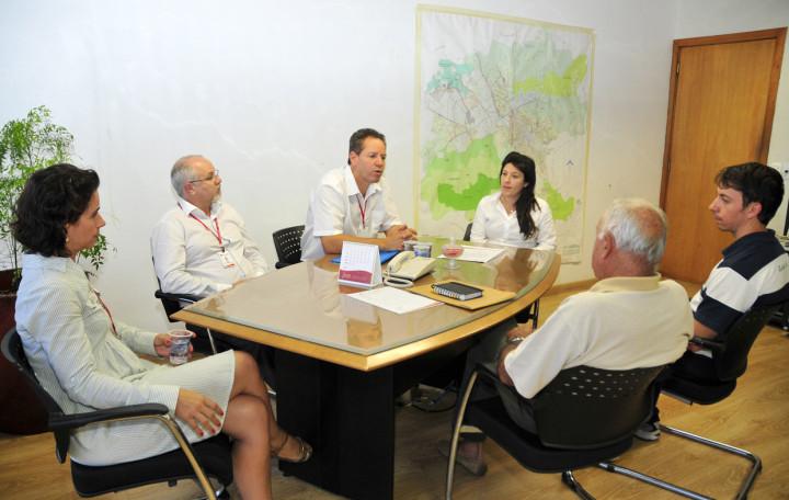 Reunião de entrega de certidão ambiental: cuidado contínuo