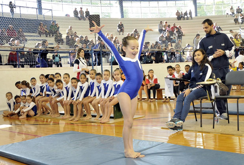Atletas de toda a cidade se apresentaram no festival