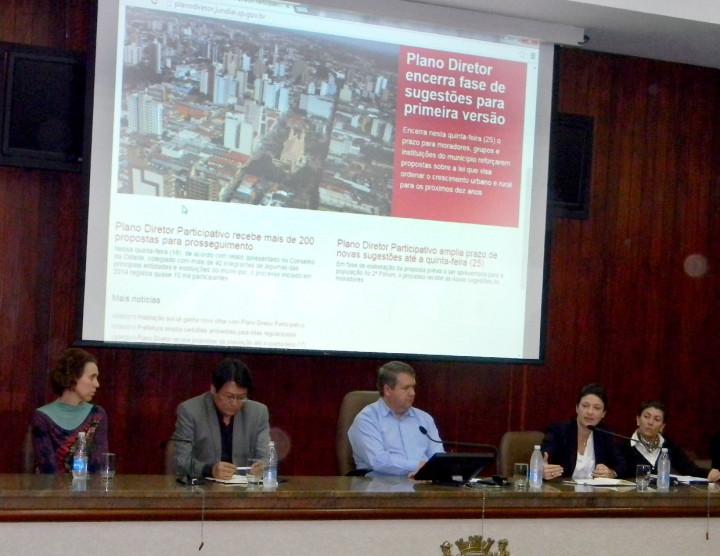 A mesa foi coordenada por Marcelo Gastaldo e pela secretária Daniela da Camara