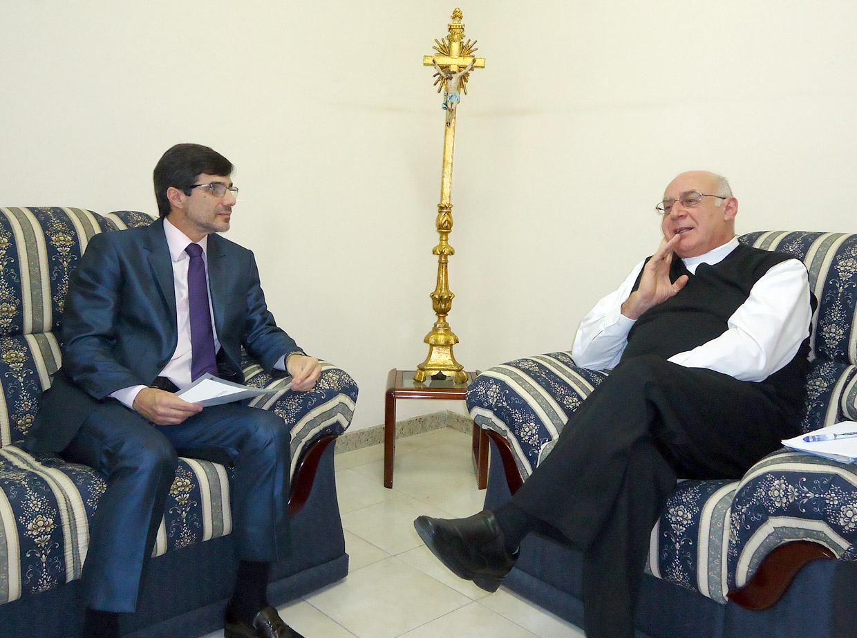 Renato Polli e o bispo Dom Vicente Costa durante encontro