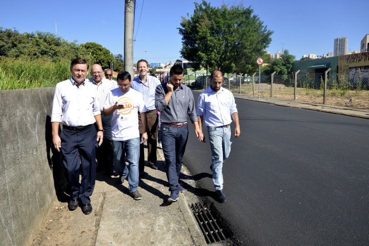 Prefeito esteve no local vistoriando as obras realizadas no final de semana