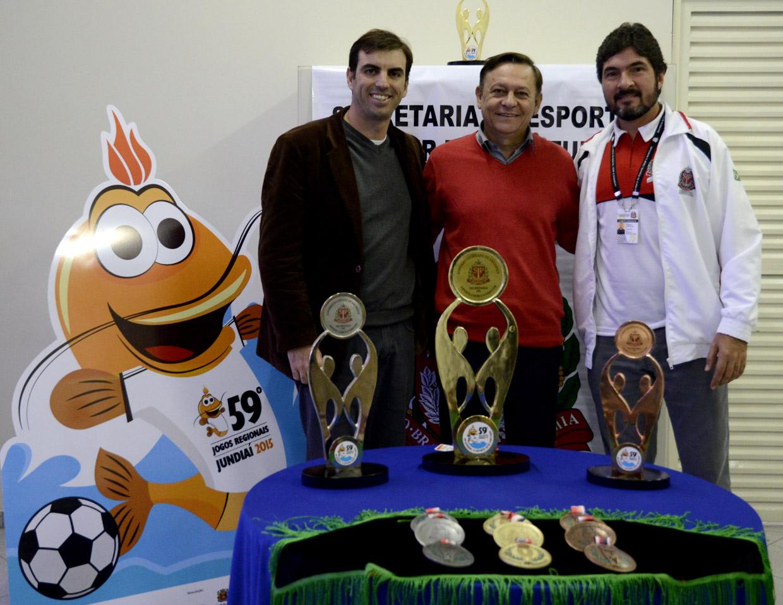 Cristiano Lopes, Pedro Bigardi e o chefe do comitê dirigente do Estado, Roberto Gonçalves Neres