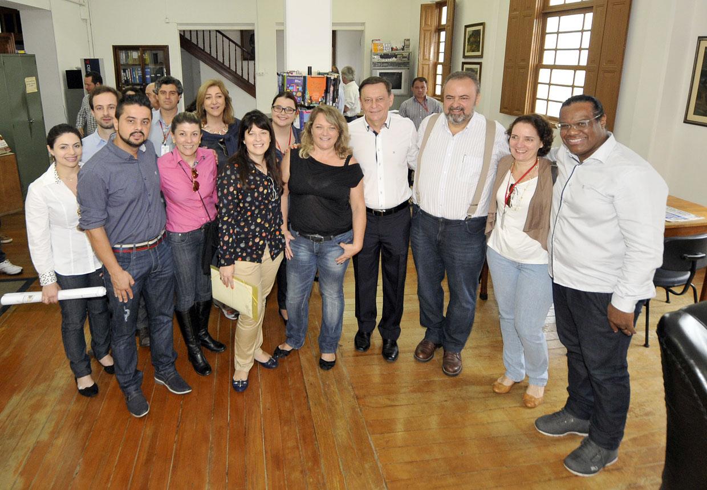 Comitiva visitou também o Gabinete de Leitura Ruy Barbosa