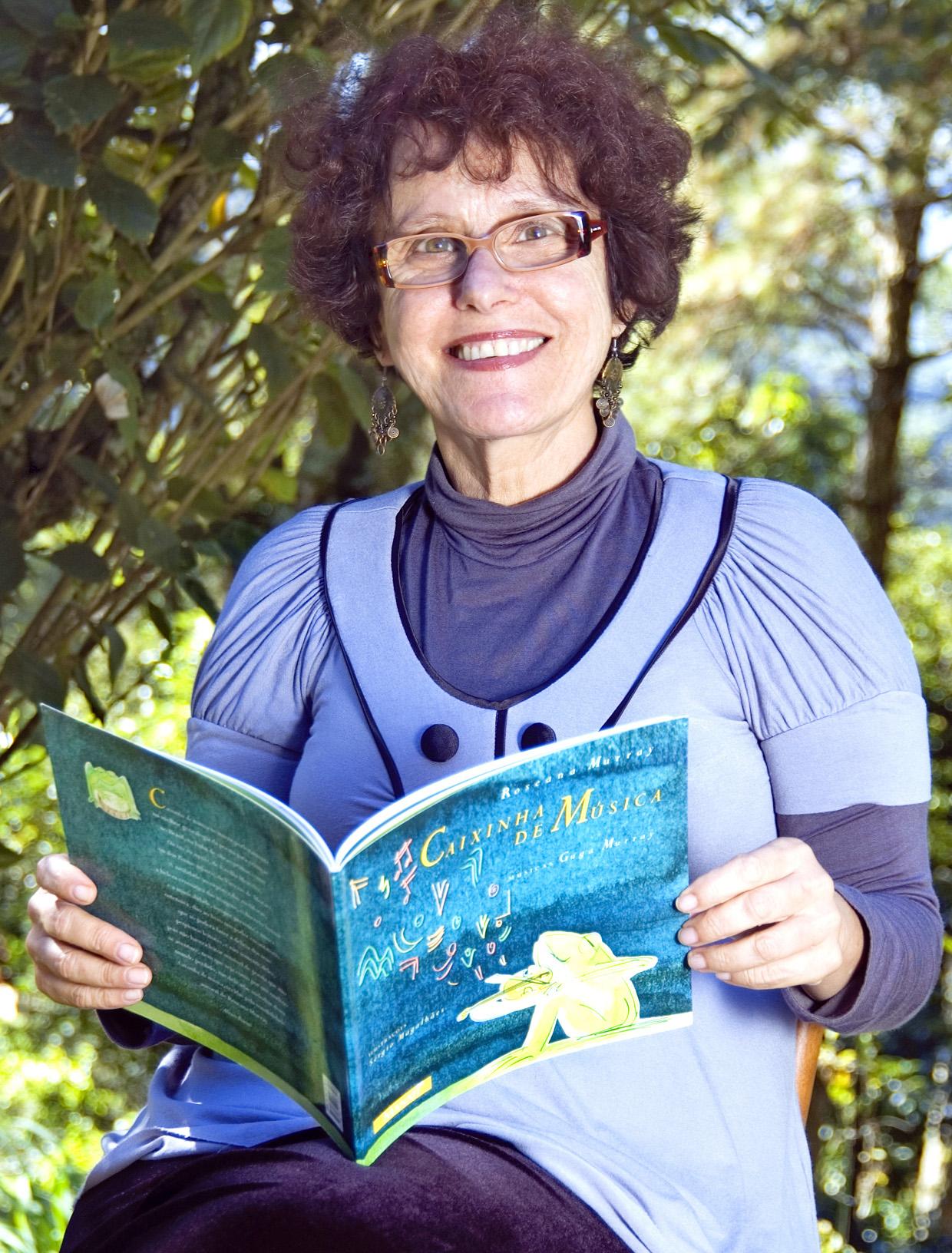 A escritora Roseana Murray é a primeira atração do evento