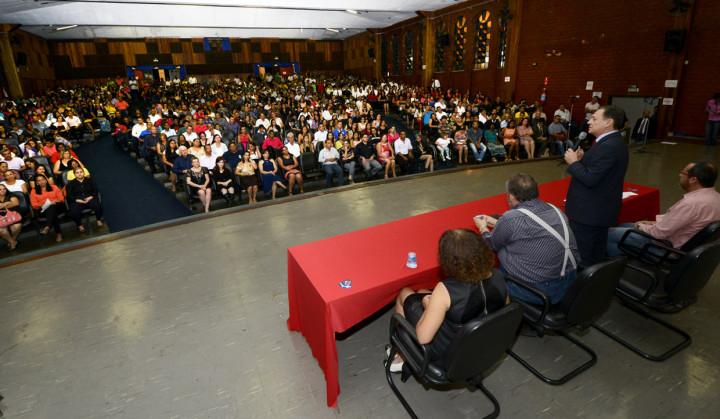 Formatura reúne alunos dos ensinos Fundamental e Médio