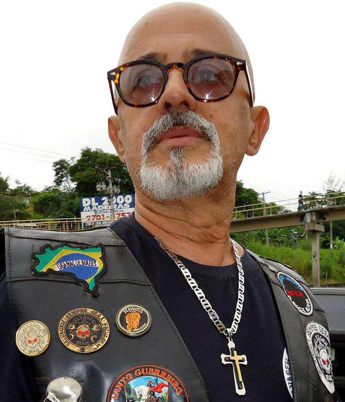 Motociclista, Willian Atella, do Rio de Janeiro, espera ansiosamente pelo encontro em jundiaí