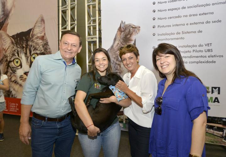 Bigardi, Margarete e Daniela em visita ao estande da Cobema no Estimacão