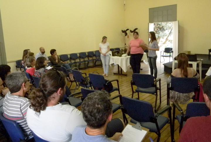 Participantes discutem como usar lições do museu no dia a dia do turismo rural