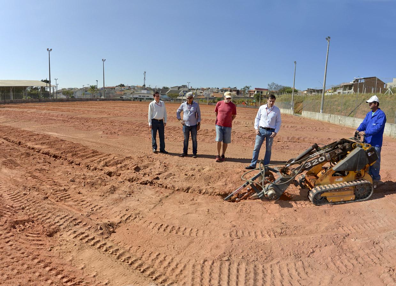 Obras no campo do Santa Gertrudes estão em fase final  45be50f729ac7