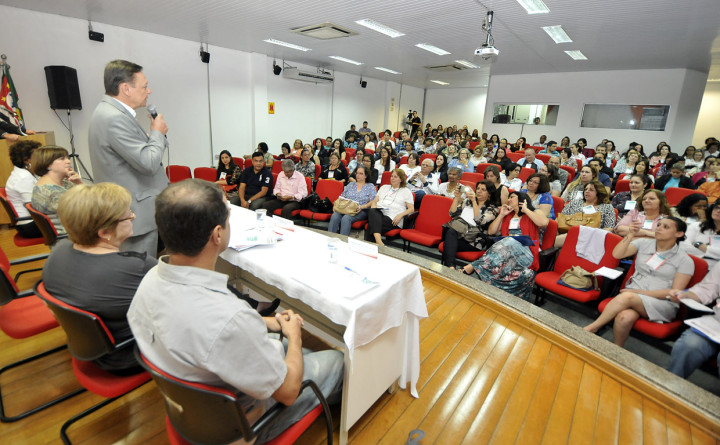 Prefeito Pedro Bigardi destacou a importância da participação da comunidade