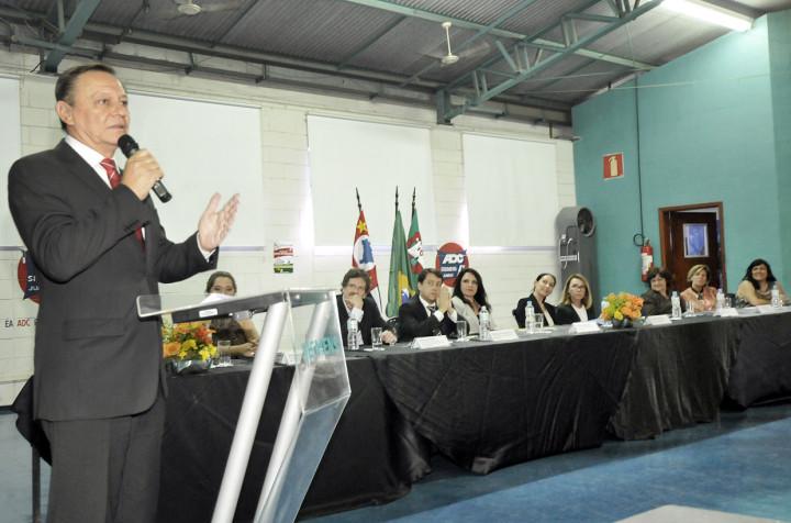 Prefeito destacou a importância do projeto como forma de inclusão social e profissional