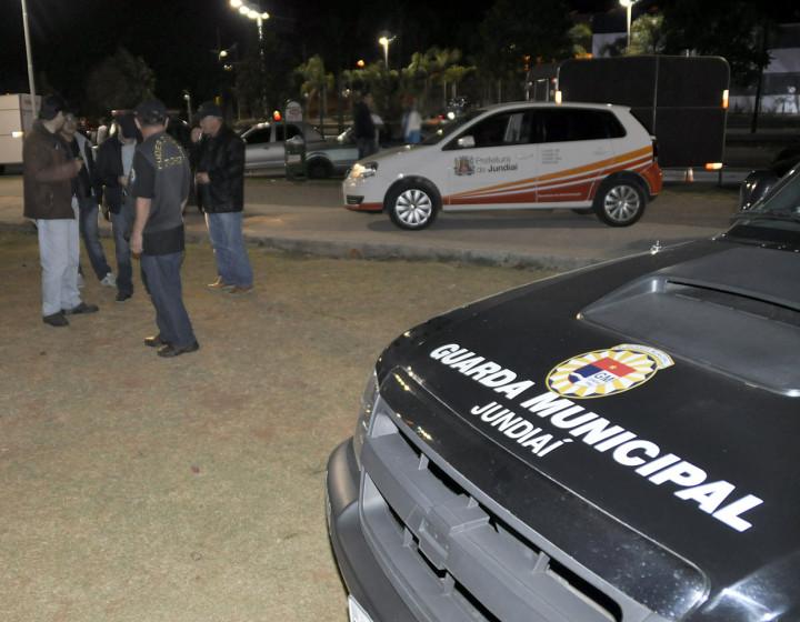 Ação abordou adolescentes e travestis em praças e na região central