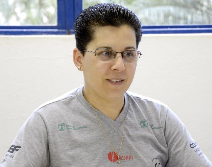 Rita Orsi comanda equipe feminina de handebol no Super Paulistão