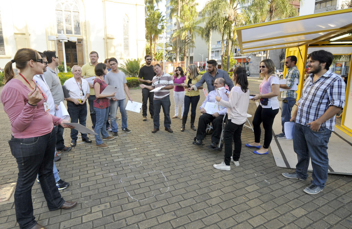 Técnicos de planejamento, transportes, serviços e de pessoas com deficiência participaram