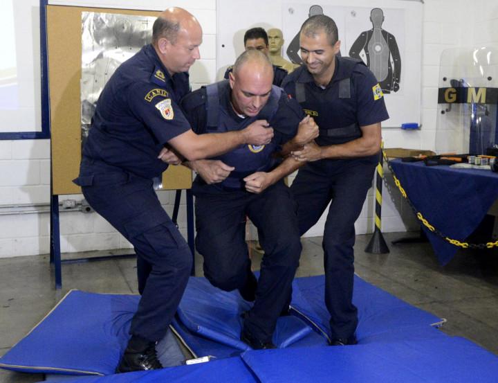 Defesa pessoal faz parte da grade curricular prática para formação